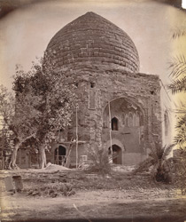 Unidentified ruined Mahomedan tomb, Lahore. 1003958